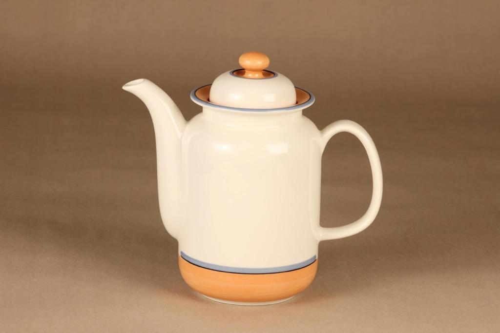 Arabia Arctica Apricos kahvikaadin, 1 l, suunnittelija Inkeri Leivo, 1 l, raitakoriste