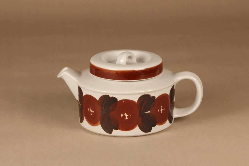 Arabia Rosmarin tea pot, hand-painted designer Ulla Procope