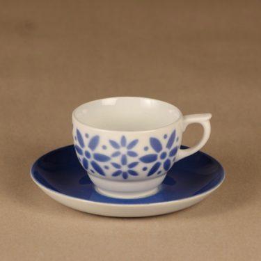 Arabia Armi kahvikuppi, puhalluskoriste, suunnittelija , puhalluskoriste