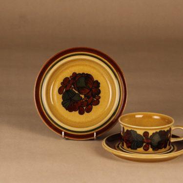 Arabia Otso teekuppi ja lautaset(2),, suunnittelija Raija Uosikkinen, , retro
