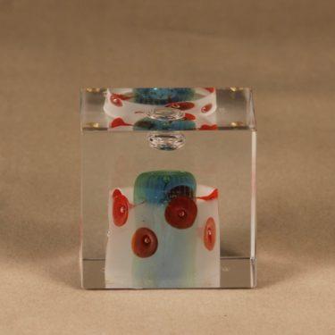 Nuutajärvi art glass Annual cube 2001 designer Oiva Toikka
