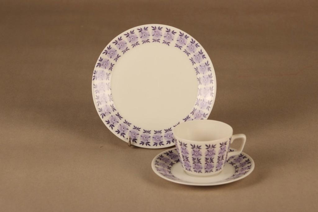 Arabia Veronica kahvikuppi ja lautaset(2),, suunnittelija Raija Uosikkinen, , kukka