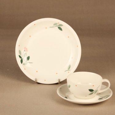 Arabia Kukka coffee cup and plates designer Dorrit von Fieandt
