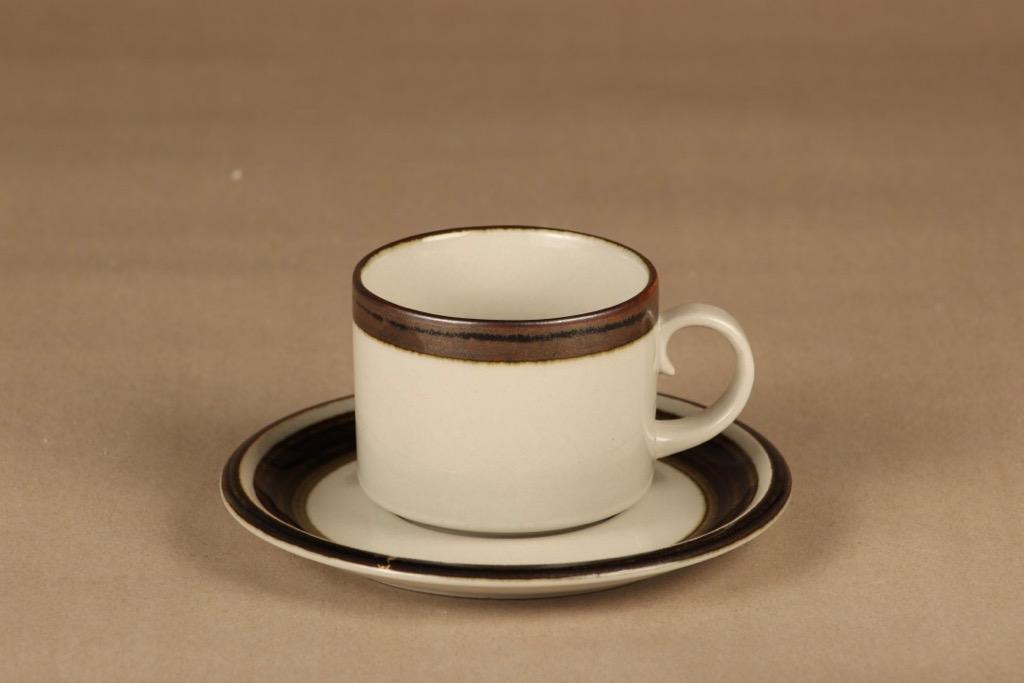 Arabia Karelia tea cup designer Anja Jaatinen-Winquist