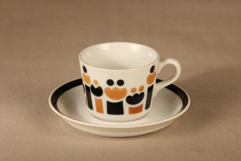 Arabia AA kahvikuppi, puhalluskoriste, suunnittelija , puhalluskoriste