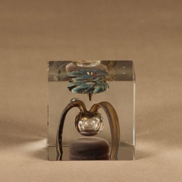 Nuutajärvi annual cube art glass 1977 designer Oiva Toikka