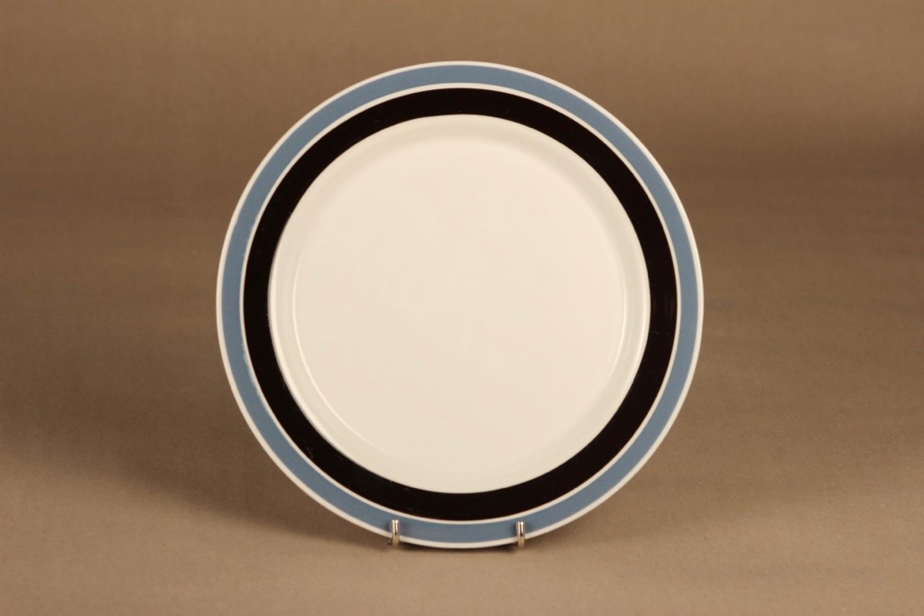 Arabia Raide dinner plate designer Raija Uosikkinen