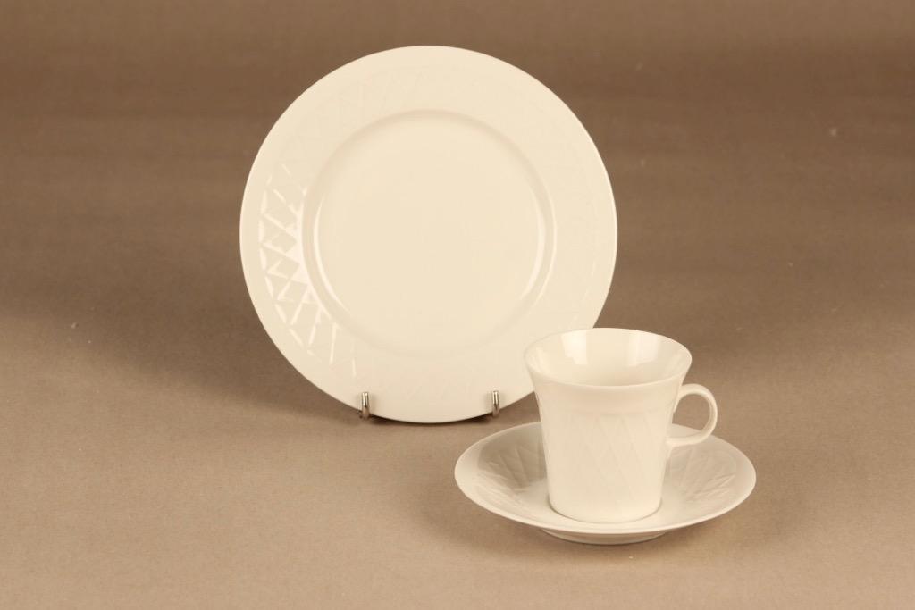 Arabia   kahvikuppi ja lautaset(2), valkoinen, suunnittelija ,