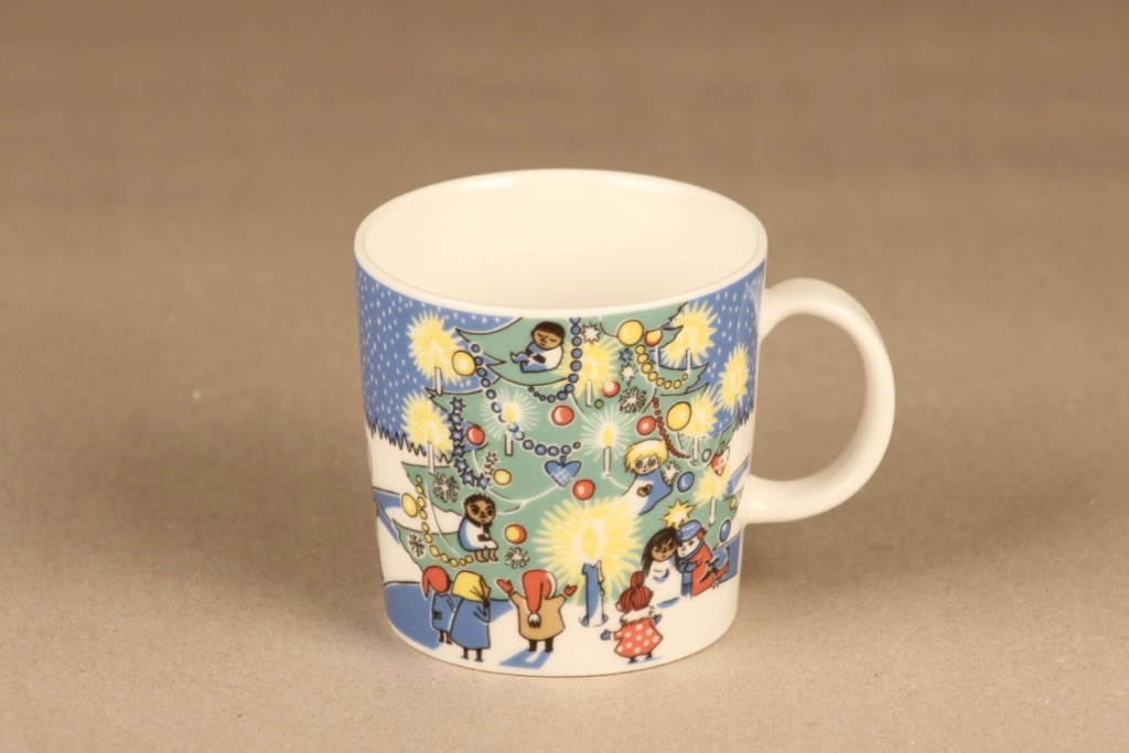 Arabia Moomin Christmas mug 2004-2005 designer  Tove Slotte