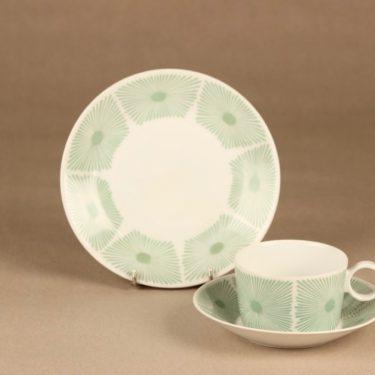 Arabia Nippon kahvikuppi ja lautaset(2), vihreä, suunnittelija Olga Osol, serikuva