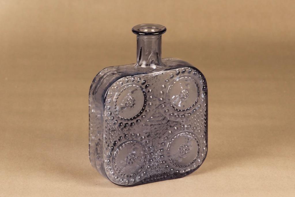 Riihimäen lasi Grapponia koristepullo, neodymi, suunnittelija Nanny Still,