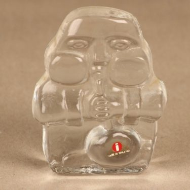 Iittala paperweight Glassblower designer Jorma Vennola