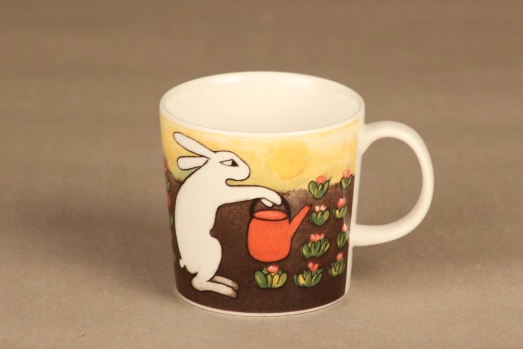 Arabia rabbit mug Gardenist 3 dl designer Heljä Liukko-Sundström