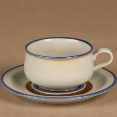 Arabia Wellamo coffee cup, hand-painted designer Peter Winquist