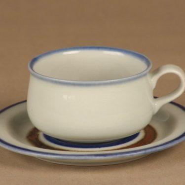 Arabia Wellamo tea cup, hand-painted designer Peter Winquist