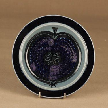 Arabia Fructus lautanen, käsinmaalattu, suunnittelija Gunvor Olin-Grönqvist, käsinmaalattu