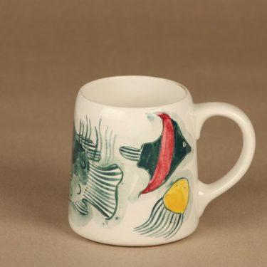 Arabia Grayfish muki, käsinmaalattu, suunnittelija Anja Juurikkala, käsinmaalattu