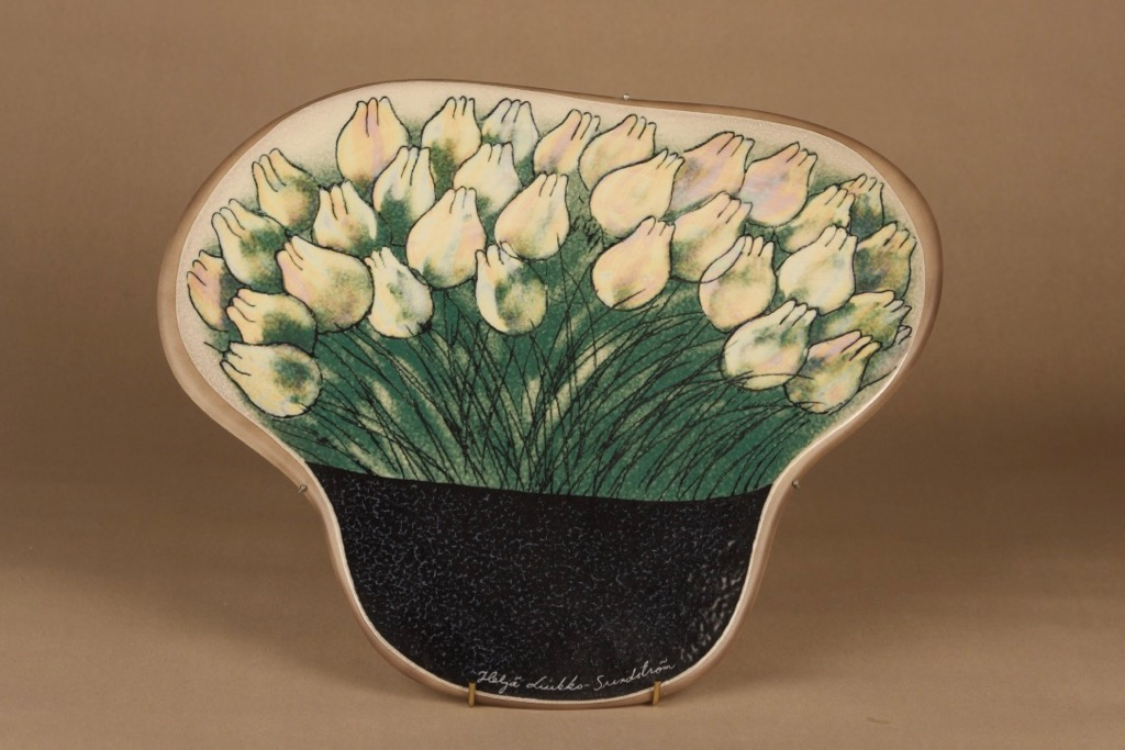 Arabia HLS wall plate Tulips designer Heljä Liukko-Sundström
