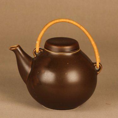 Arabia GA3 tea pot with rattan handle designer Ulla Procope