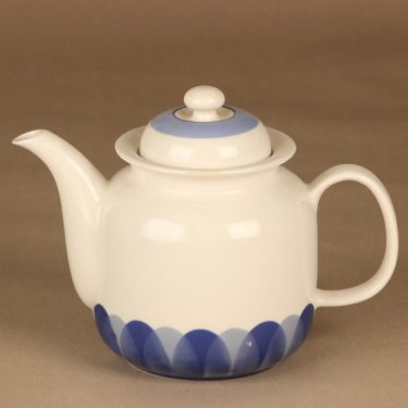 Arabia Pudas Arctica kahvikaadin, valkoinen, sininen, suunnittelija Inkeri Leivo,