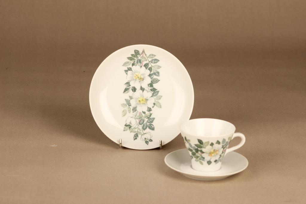 Arabia Juhannus coffee cup and plates (2) designer Raija Uosikkinen