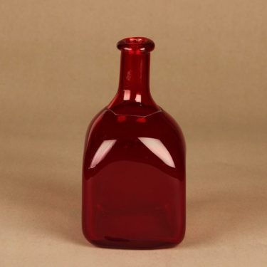Riihimäen lasi taidelasipullo, rubiininpunainen, suunnittelija tuntematon,