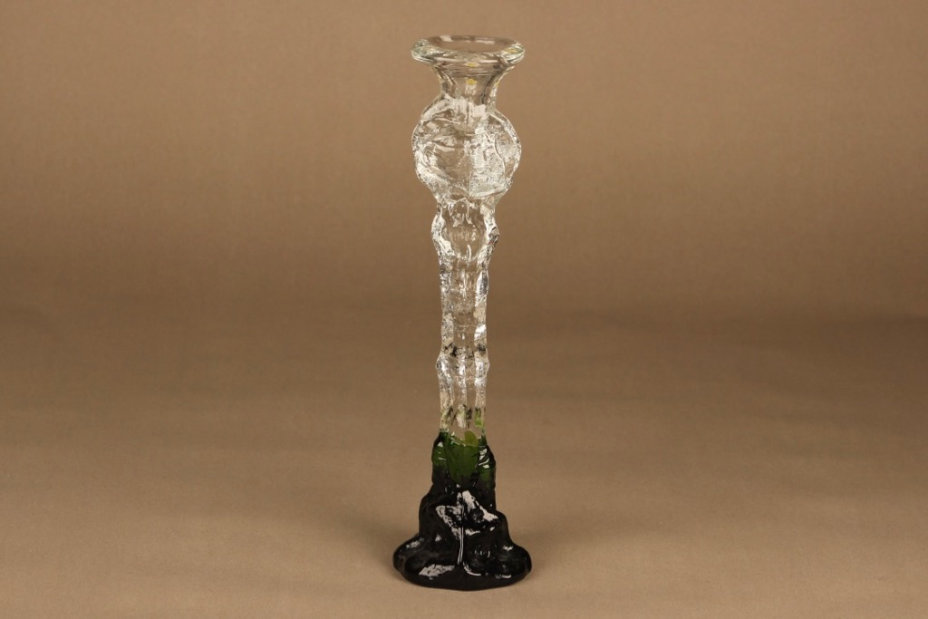 Humppila Kasvimaalla kynttilänjalka, kirkas, vihreä, suunnittelija Pertti Santalahti, signeerattu