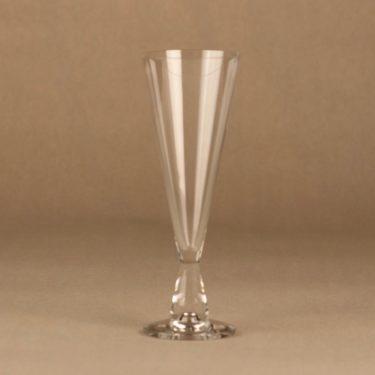 Iittala Tiima sparkling wine glass designer Tapio Wirkkala
